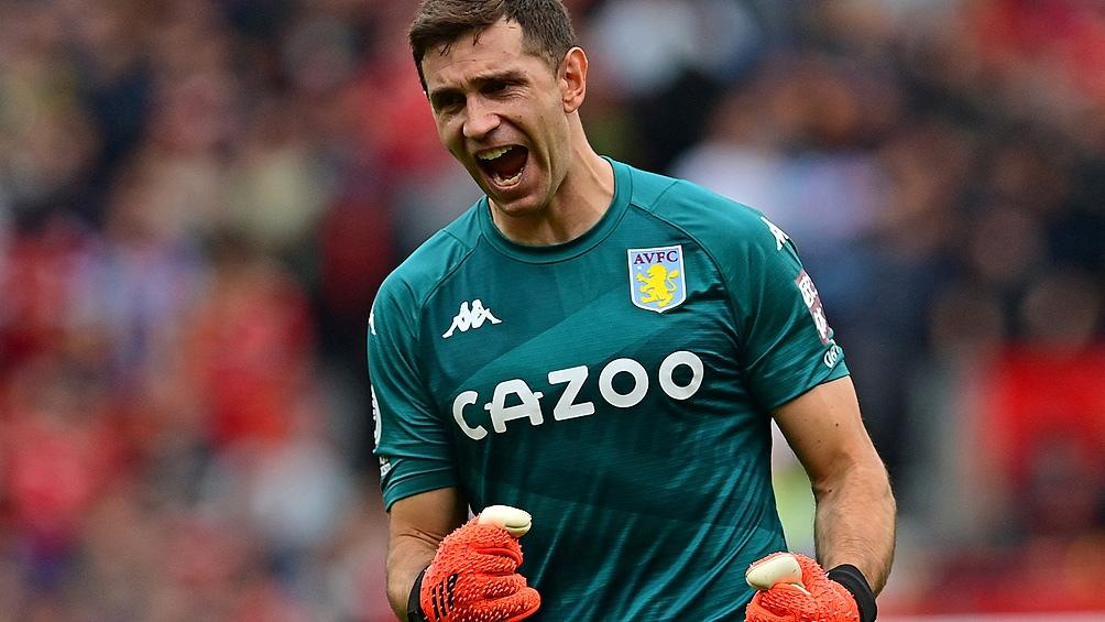 "Emiliano Martínez, vital para la victoria del Aston Villa frente al ""United"". Foto: AFP"