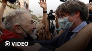 Puigdemont vuelve a Bruselas pero regresará a Italia para su audiencia de extradición