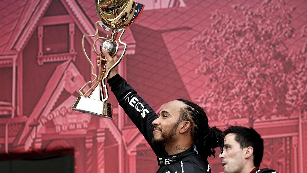 Hamilton, el primer piloto en ganar 100 veces en la Fórmula 1. Foto: AFP.