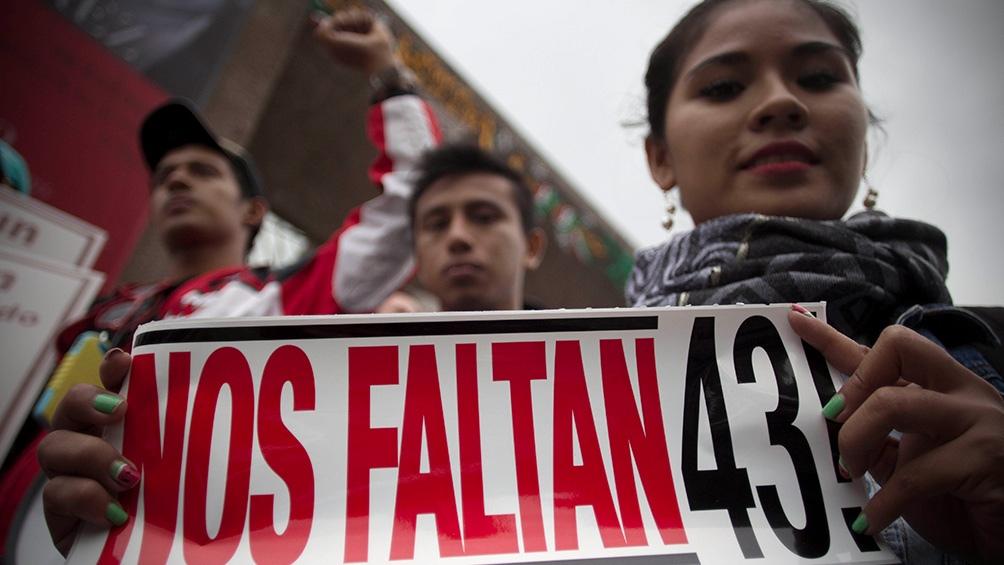 Se cumplen siete años del ataque contra los estudiantes de Ayotzinapa. (Foto Agencia Xinhua)