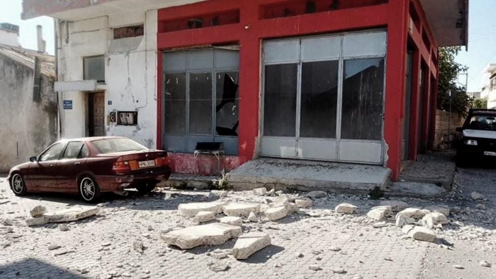 Un muerto y nueve heridos por un terremoto en la isla griega de Creta