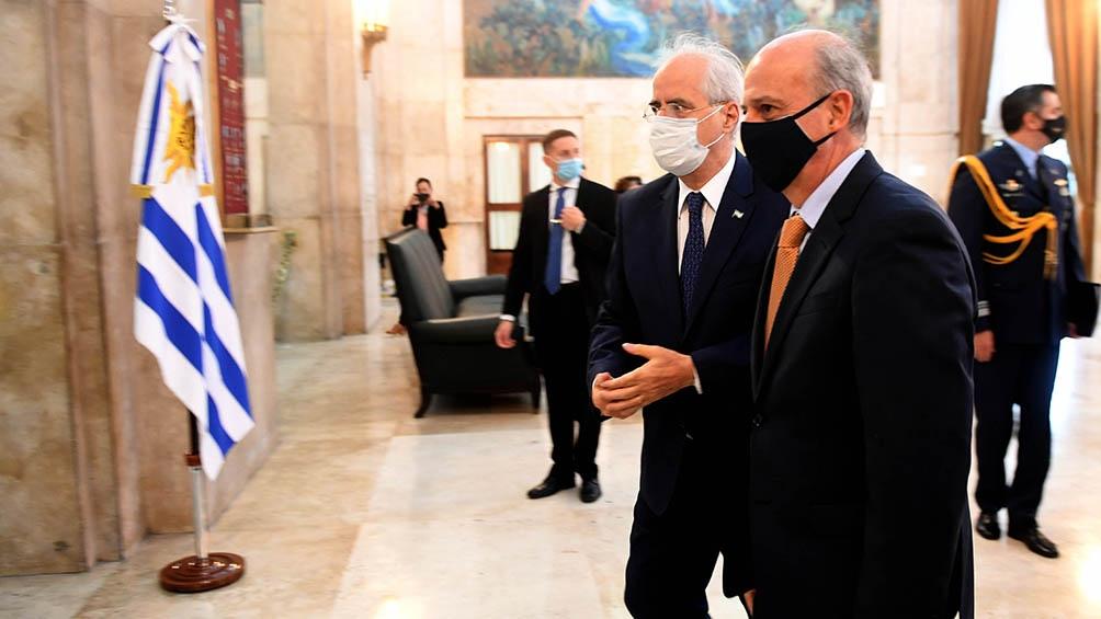 El ministro de Defensa, Jorge Taiana, se reúne con su par uruguayo Javier García Duchini.(Foto Fernando Gens)