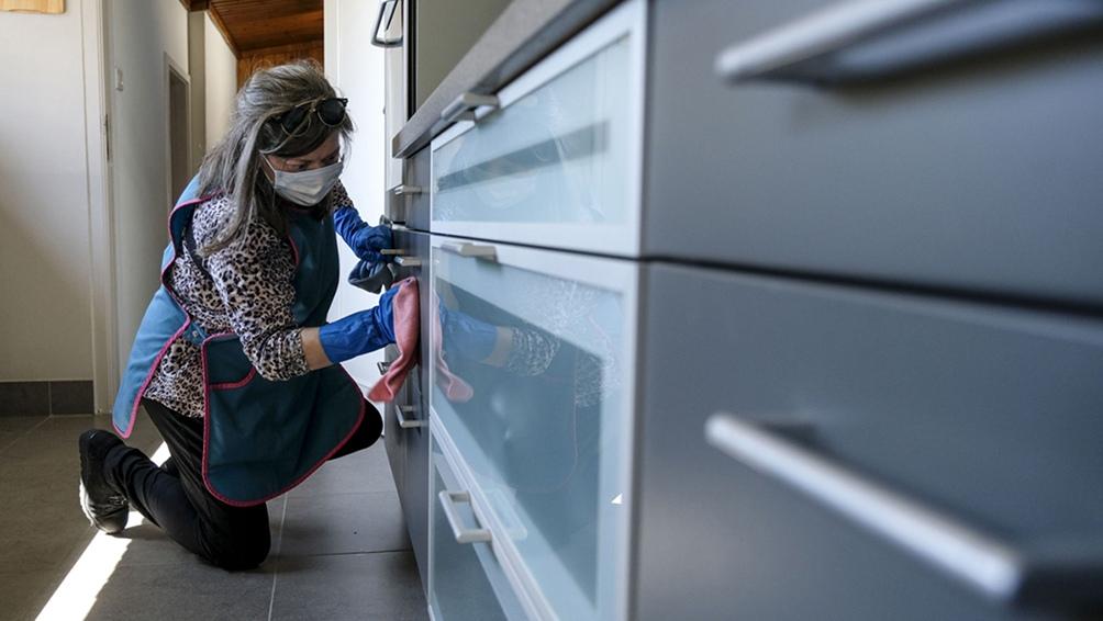 Fijan un aumento del 8% no acumulativo para el personal de casas particulares