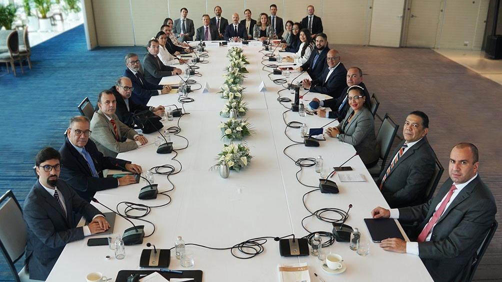 La ronda del diálogo entre el Gobierno y la oposición venezolanos se celebró en México con el auspicio de Noruega.