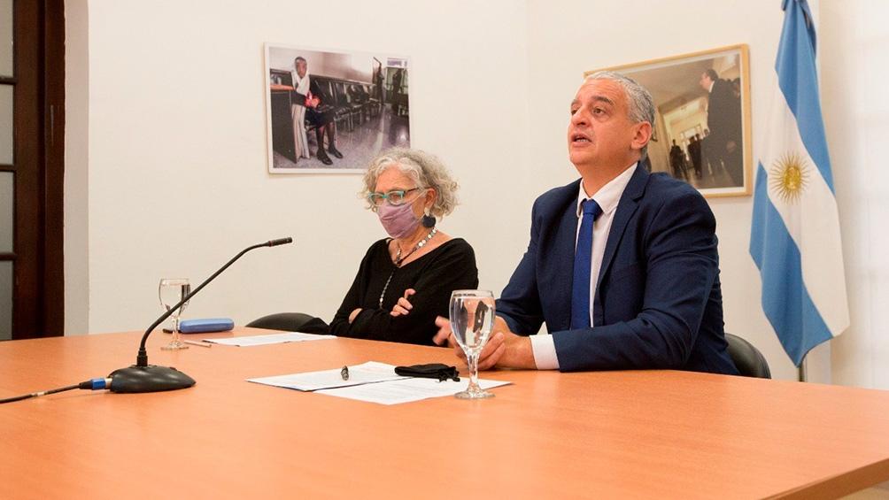 El acto se realizó en simultáneo, en forma virtual, desde la exEsma, en Buenos Aires, y la Casa América, en Madrid, en la que fue presentada públicamente la postulación.