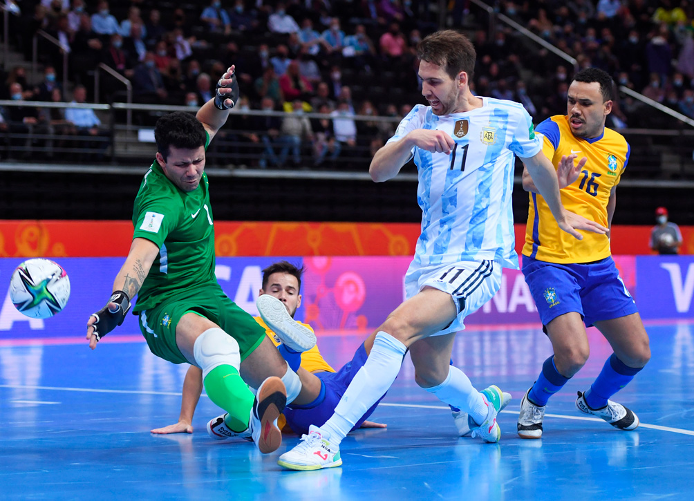 Argentina gana 2 a 1 ante Brasil, por el sueño de la final en el Mundial de futsal