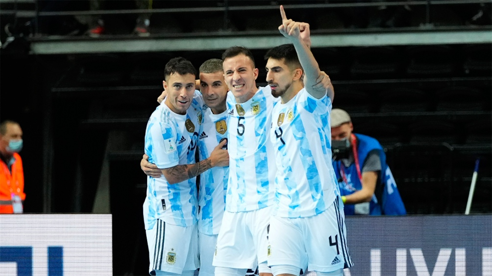 Bolo palpita el duelo frente a Portugal, en la definición de la Copa del Mundo de Futsal de Lituani 2021. Foto: Argentina
