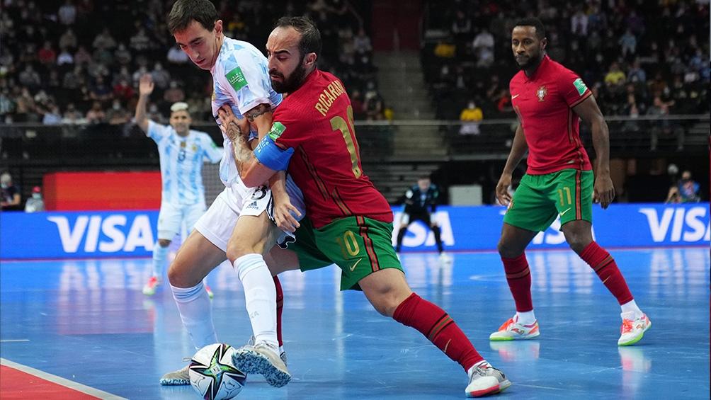 Argentina comienza mejor en el segundo tiempo ante Portugal. Foto: Argentina