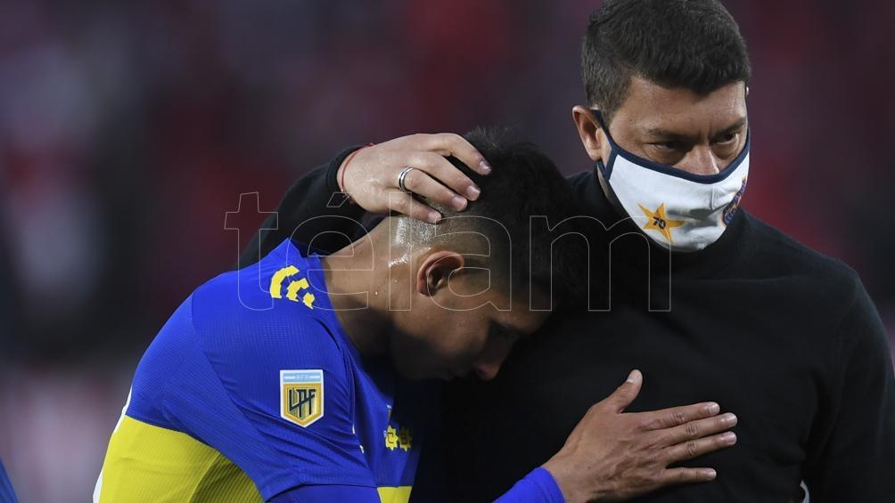 Battaglia sufre la derrota de Boca en el superclásico.