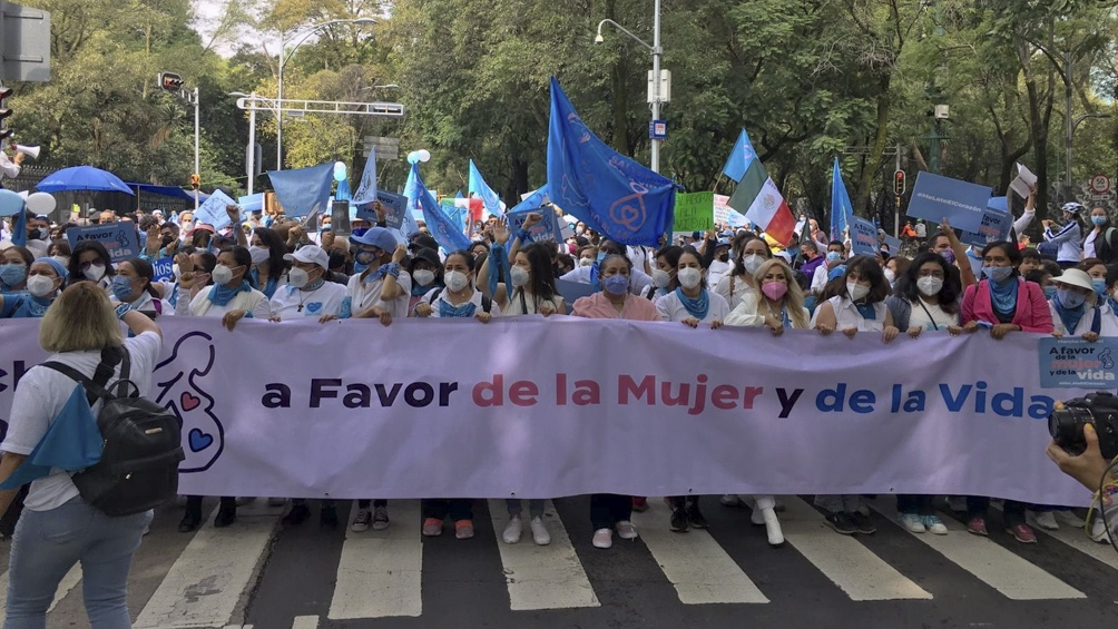 Marchas en rechazo a los avances hacia la despenalización del aborto
