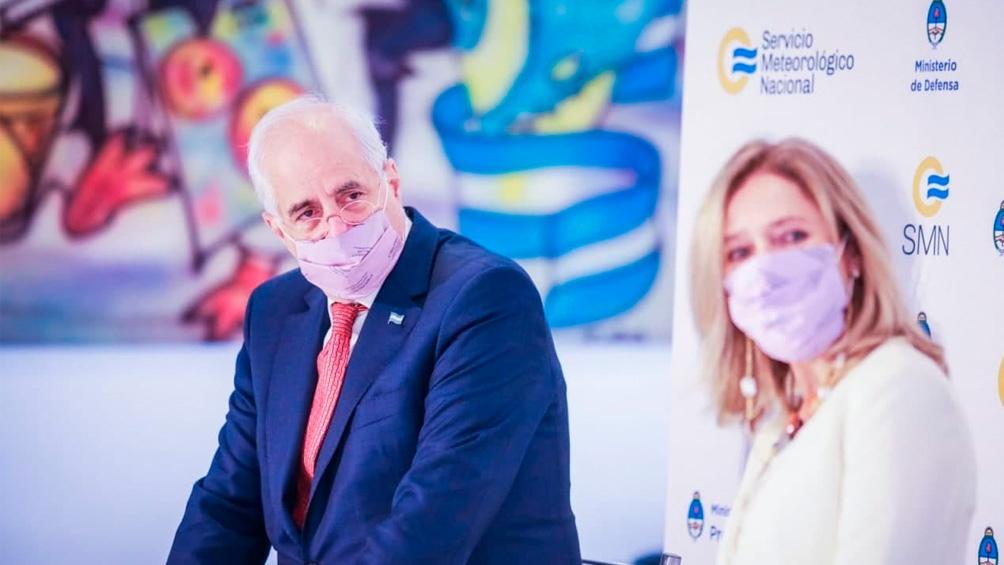 El ministro de Defensa, Jorge Taiana, encabezó el acto por el 149 aniversario del Servicio Meteorológico Nacional.