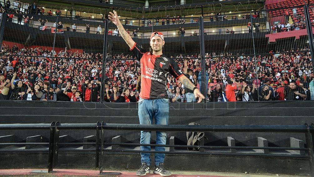 La celebración de la gente por el título conseguido hace unos meses (Foto: Luis Cetraro)