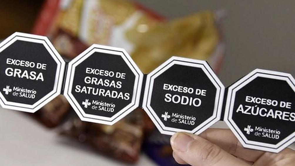 La Sociedad Argentina de Pediatría remarcó la importancia de la información clara en las etiquetas de los alimentos.