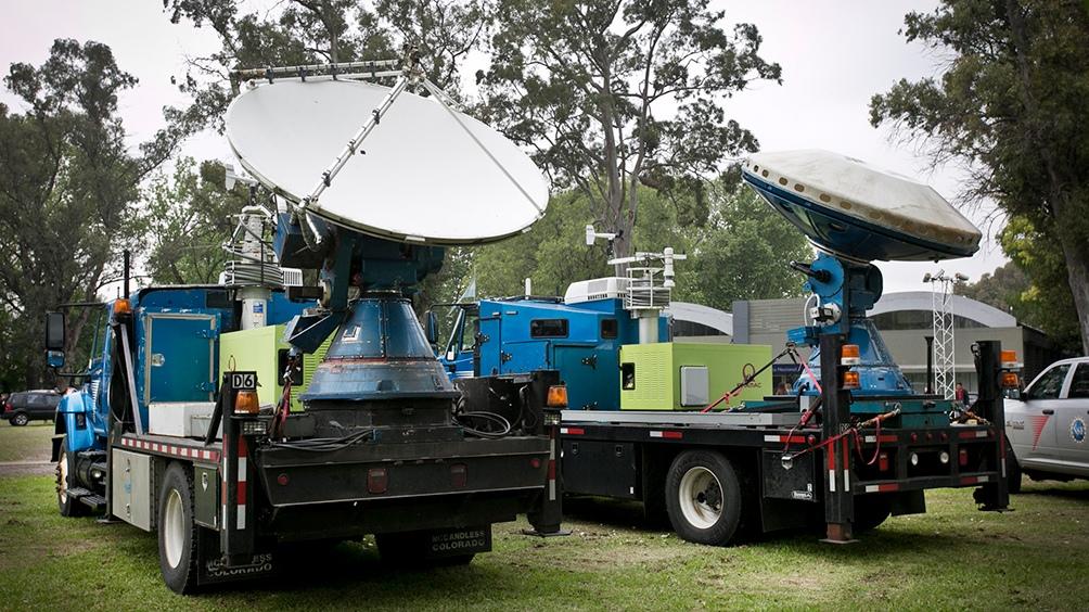 """Los móviles del Operativo Relámpago, que salieron a """"cazar"""" tormentas por el país. (Foto: MCYT)"""