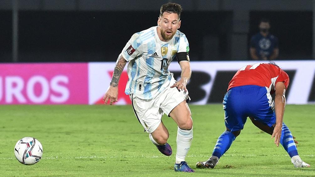 Messi sigue atravesando un gran momento y es el candidato número 1 al Balón de Oro (Foto: AFP).