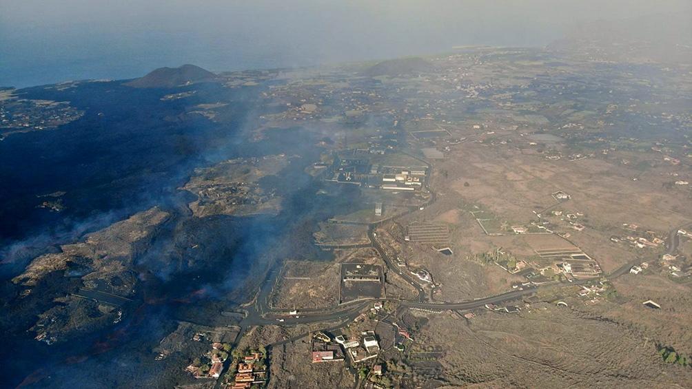 ACTIVIDAD VULCANOLÓGICA: Pese a los terremotos, buscan llevar tranquilidad a la población de las Islas Canarias
