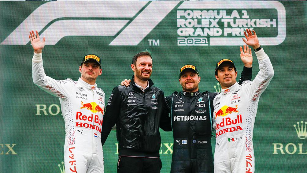 Bottas se impuso en el GP de Turquia y Verstappen recuperó el liderazgo