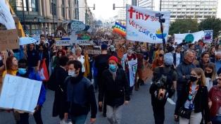 Multitudinaria manifestación en Bruselas para que se actúe contra el calentamiento global