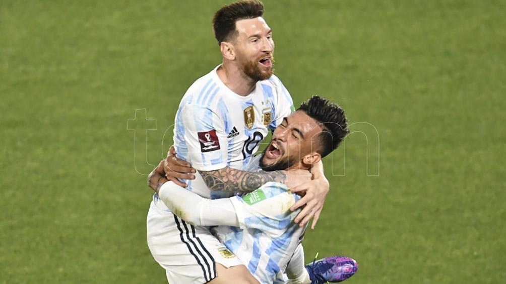 Messi festeja el primer gol de Argentina (Foto: Julián Alvarez).