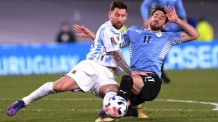 """""""Paseo en Buenos Aires"""": la prensa uruguaya reconoció la superioridad de Argentina"""