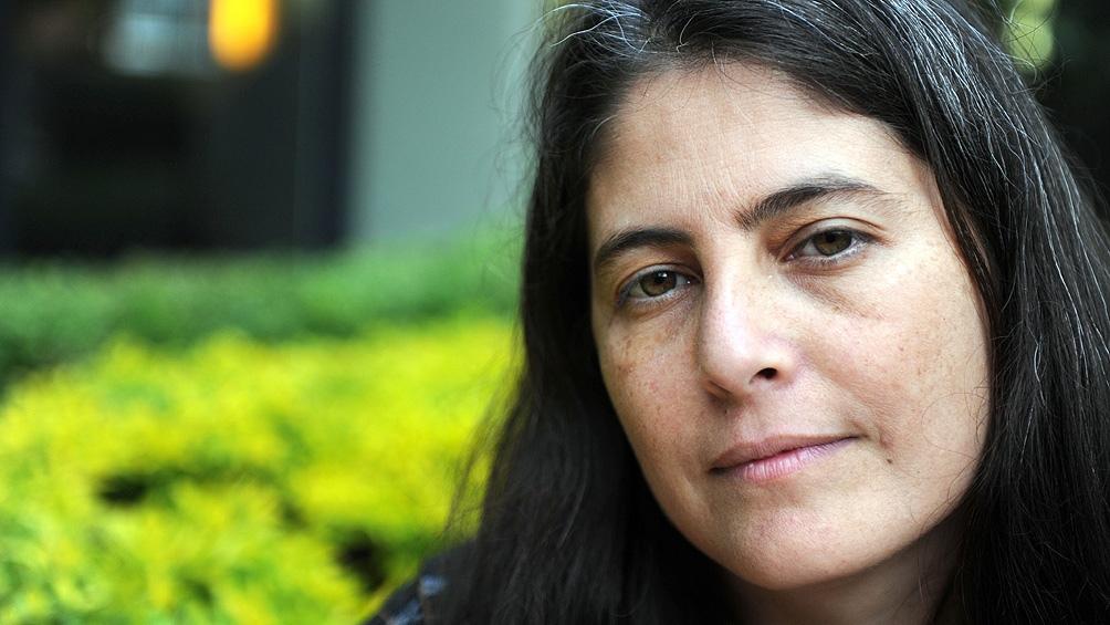 """Selva Almada, finalista con """"No es un río""""."""