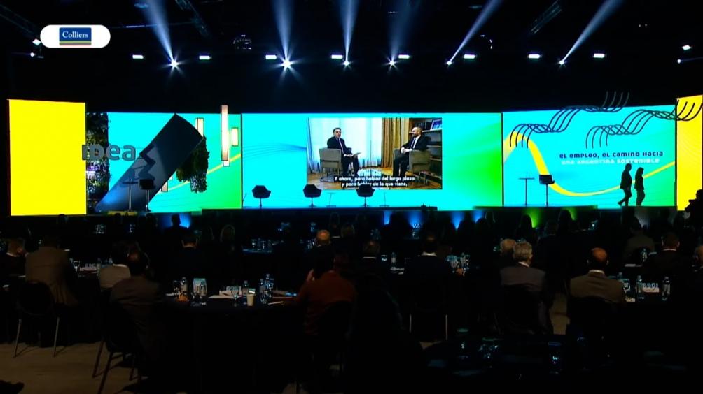 """Bajo el lema """"Logremos una Argentina sostenible"""", la reunión se presentó como """"un espacio de reflexión sobre los acuerdos que necesitamos para lograr una Argentina sostenible""""."""