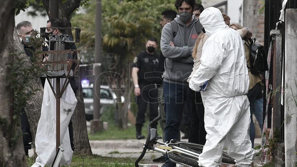 """Un estudiante fue asesinado en Quilmes. Investigan un """"homicidio en ocasión de robo"""".(Foto Paula Ribas)"""