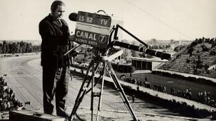 Hace siete décadas, una foto de Eva Perón inauguraba de modo oficial la televisión argentina