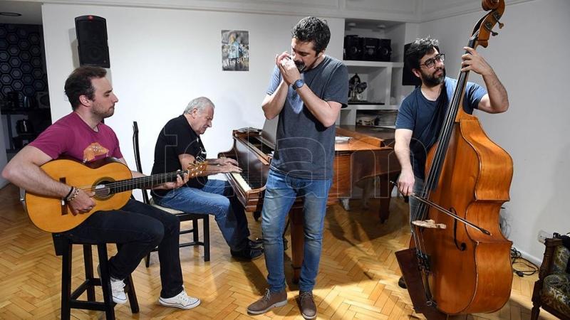 """Los """"Tangos improvisados"""" de Luciani y Colángelo salen a escena"""
