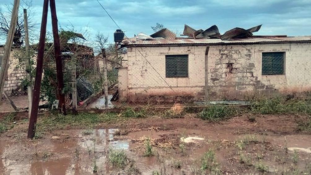 Un temporal de viento, lluvia y granizo causó destrozos en varias localidades de Jujuy