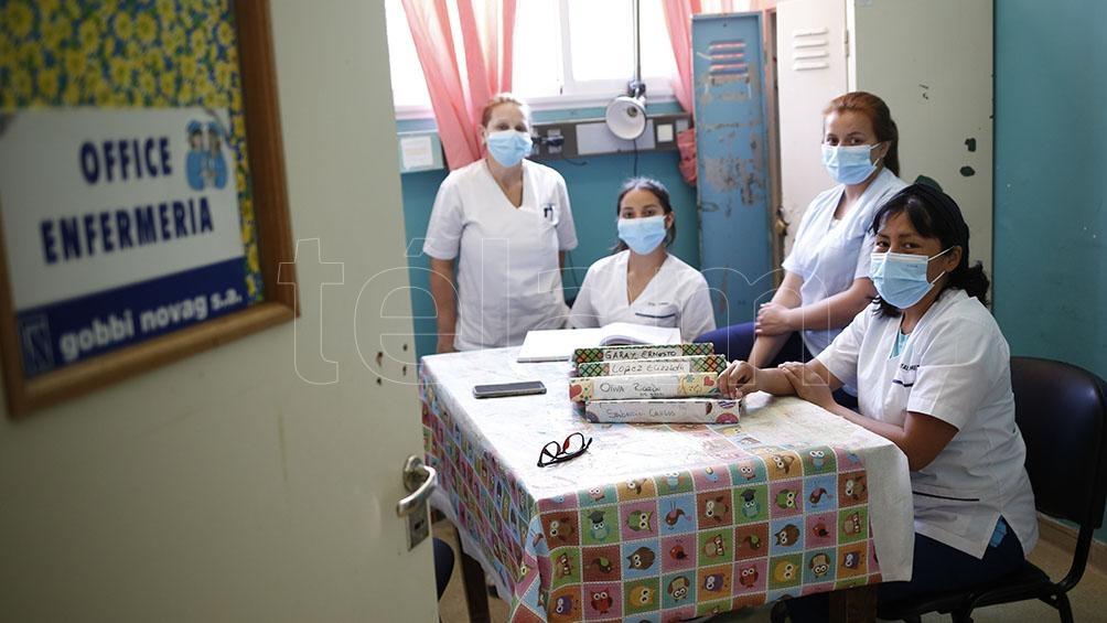 Actualmente, el equipo cuenta con 6 médicos más de 20 enfermeros, 3 psicólogos, 1 nutricionista, 1 terapista ocupacional, 1 trabajadora social y 1 administrativo. Foto: Victoria Gesualdi