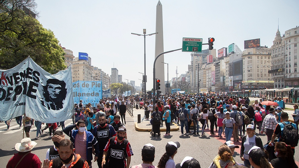Los principales reclamos se concentraron en la demanda de empleo, vivienda y alimentos, y en las negociaciones con el Fondo Monetario Internacional (FMI) por la deuda. Foto: Leo Vaca