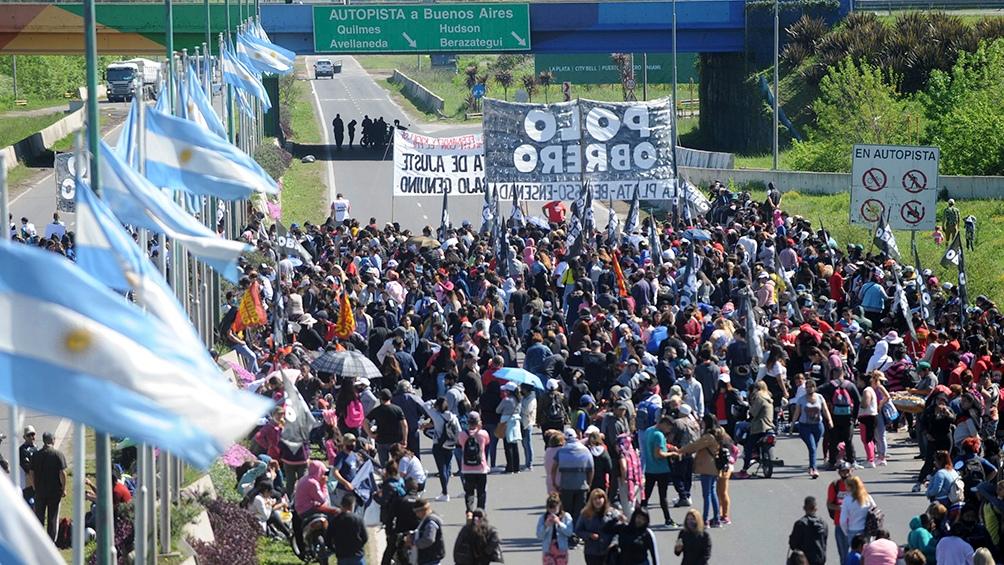 En el centro porteño, las organizaciones se movilizaron hasta la zona del Obelisco y en otros puntos de la avenida 9 de Julio, Foto: Leo Vaca