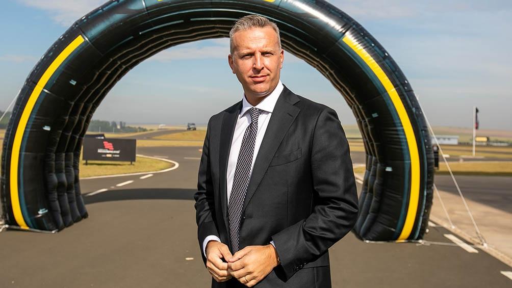 """El vicepresidente ejecutivo de Pirelli en Sudamérica, César Alarcón, aseguró que la empresa está con niveles de producción """"superiores a los de 2019""""."""