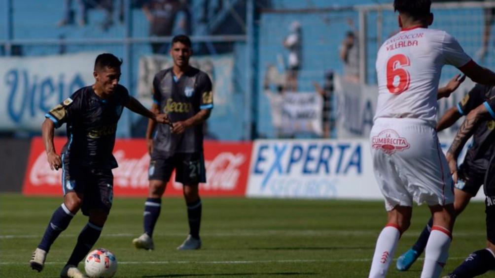 Atlético Tucumán venció 4 a 3 a  Argentinos en un emotivo partido