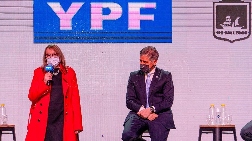 Pablo González estuvo junto a la la gobernadora de Santa Cruz, Alicia Kirchner. (Foto: Walter Diaz)