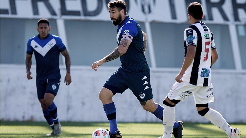 Pratto jugó en la reserva de Vélez, tras cinco meses desde su lesión