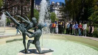 Homenajean a integrantes del Ballet del Colón fallecidos hace 50 años en tragedia aérea