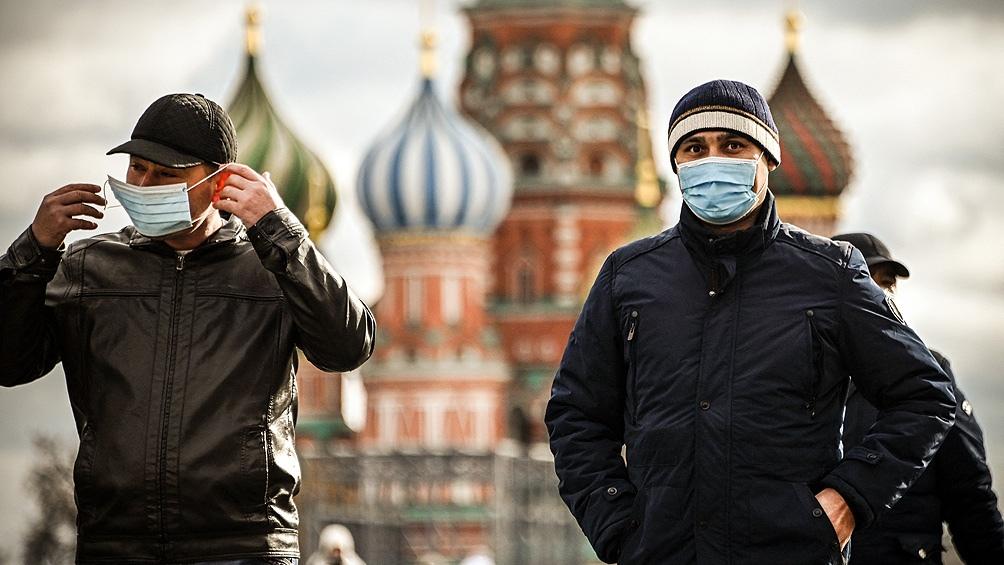 """El mandatario pidió a los rusos a """"ser responsables"""" y sumarse a la campaña de inmunización (Foto AFP)."""