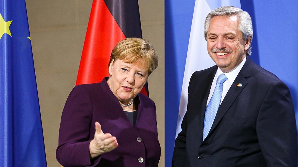 Alberto Fernández se sumó al homenaje a Angela Merkel: