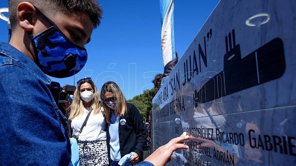 A cuatro años de la última zarpada del ARA San Juan, inauguraron un memorial en Mar del Plata