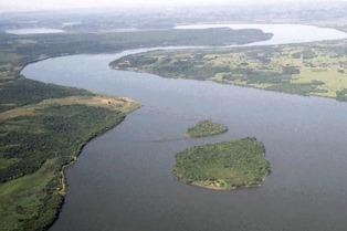 Fuerte crecida del Paraná y el Salado: siguen evacuadas 1.479 personas en Santa Fe