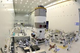 China lanzará mañana su segundo laboratorio espacial, el Tiangong-2