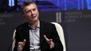 """Mauricio Macri dijo que Cristina Kirchner """"intenta victimizarse frente a las denuncias"""""""