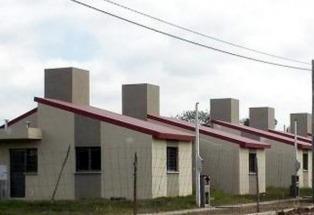 Evalúan con el Banco Mundial la gestión de un préstamo para viviendas sociales
