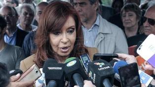 """Cristina Kirchner suspendió sus vacaciones y dijo que las """"garantías constitucionales"""" están amenazadas"""