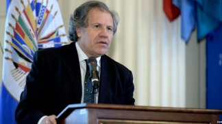 Luis Almagro, en la mira del Parlasur
