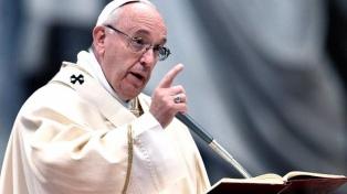 """El Papa se lamenta por el 2017: """"Las guerras son el signo flagrante de este tiempo"""""""
