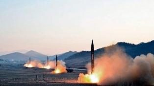 Corea del Norte presiona a EE.UU. con el lanzamiento de dos misiles