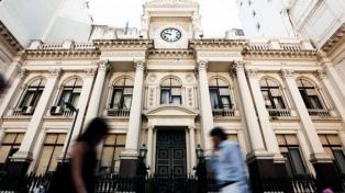 El Central cumplió en octubre el objetivo de no aumentar la base monetaria